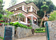 De Maya Cottage – Dago Pakar (4 bedrooms) Temporarily Closed for Renovation