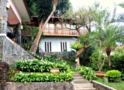 De Maya Cottage – Dago Pakar (4 bedrooms)